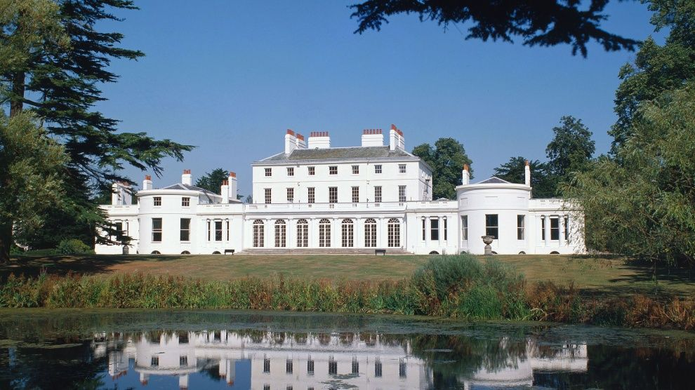 Frogmore House Windsor Set In The Magnificent Grounds Of Home Park At