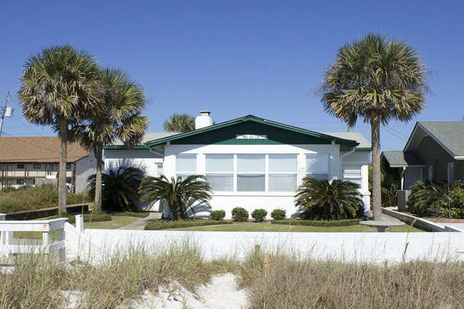 Panama City Beach Front House Rentals Sunspot Realty Beachfront House House Front Panama City Beach Fl