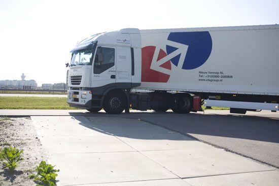No Limits in European Distribution & Logistics! www ... No Limit Logistics