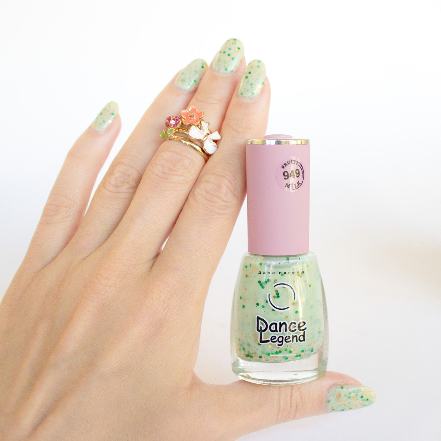 Cute stacked rings & Dance Legend Kiwi Smoothie nail polish. #cute ...