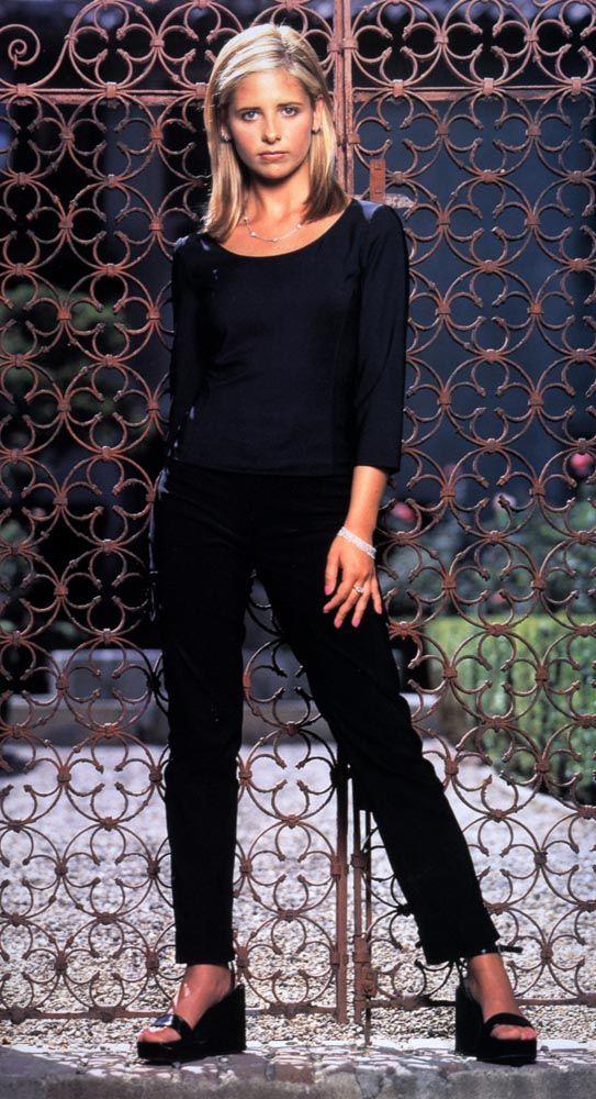 Buffy Season 3 (With images) | Sarah michelle gellar ...
