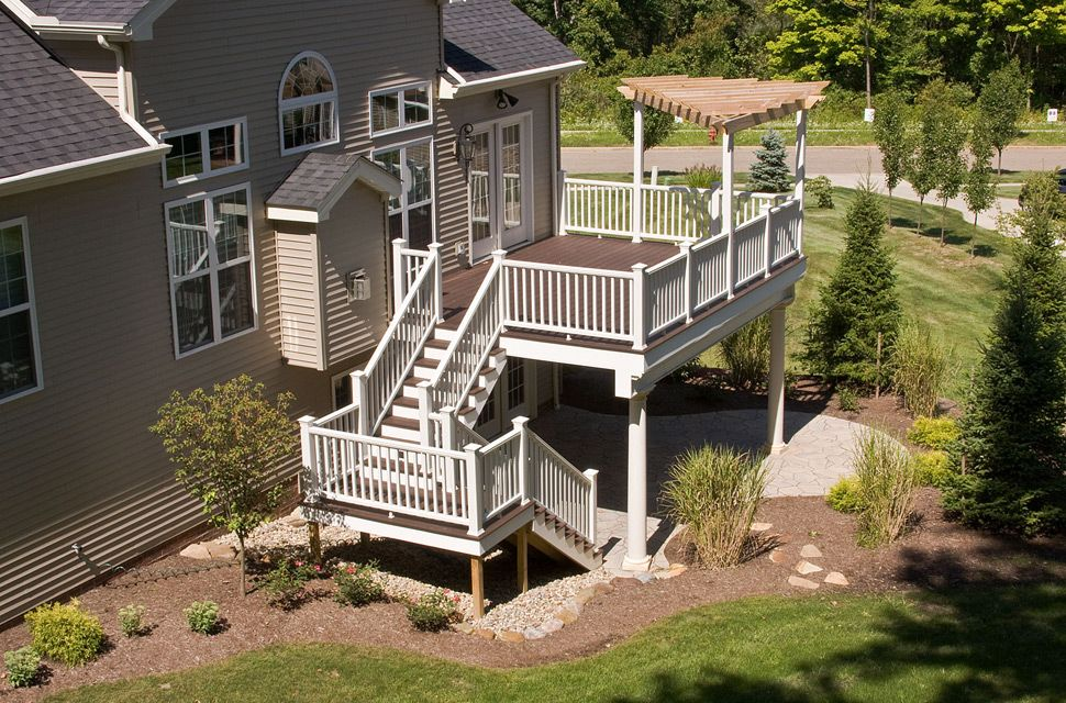 Advantages And Disadvantages Of Wood Plastic Decking Paint Or Stain For Trex Composite Decking Manufacturing Cost Economical Of Deckin Deck Trex Deck Cool Deck