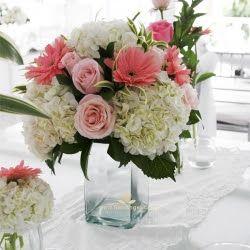 Arreglo Floral Hortensias Claveles Rosas Buscar Con Google
