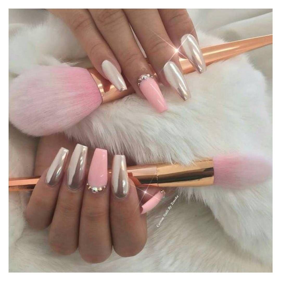 Obsessed With Unicorn Nails Brushes Everything Missyempire Unicornnails Unicornbrushes