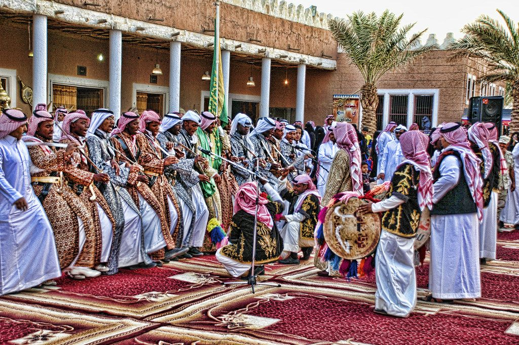 al ardah alnajdia | Saudi arabia culture, Journey to mecca, Travel to saudi arabia