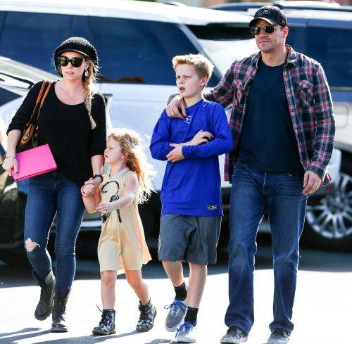 David Boreanaz & Family: Holiday Shoppers   Actores, Que guapo