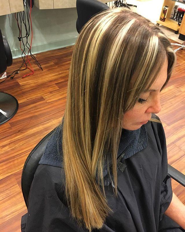 WEBSTA @ desyre.hairmua - Love it ❣@regissalons #hairstylist #stpetersburg #tyronesquaremall #registyrone #regissalons #chunkyhighlights #highlights #lowlights