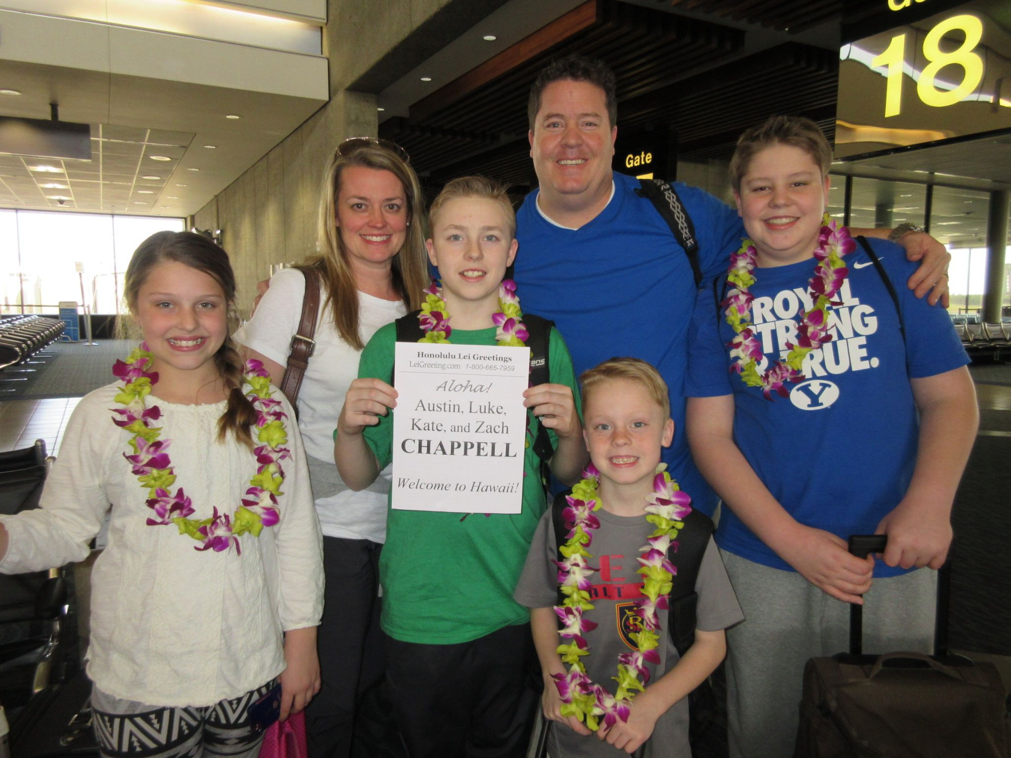 Surprise From Mom And Dad Have A Great Time In Hawaii Kids