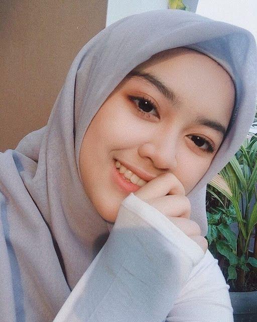 Gadis Berhijab Cantik Mencari Jodoh Beautiful Hijab Beautiful Muslim Women Girl Hijab