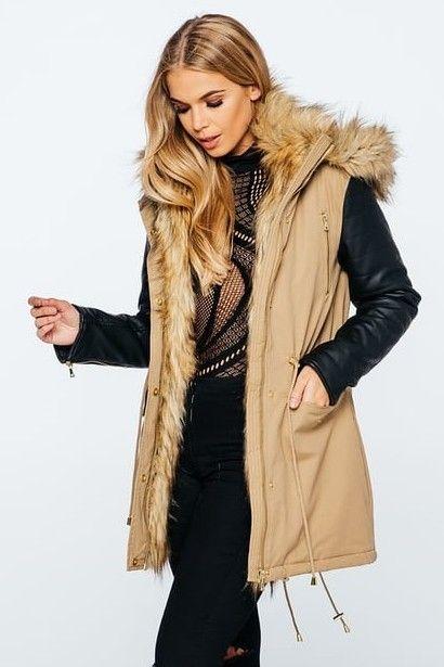 776ec7ec8cf Kira flot jakke i Camel - lækker vinter jakke, med mange detaljer og pels  krave