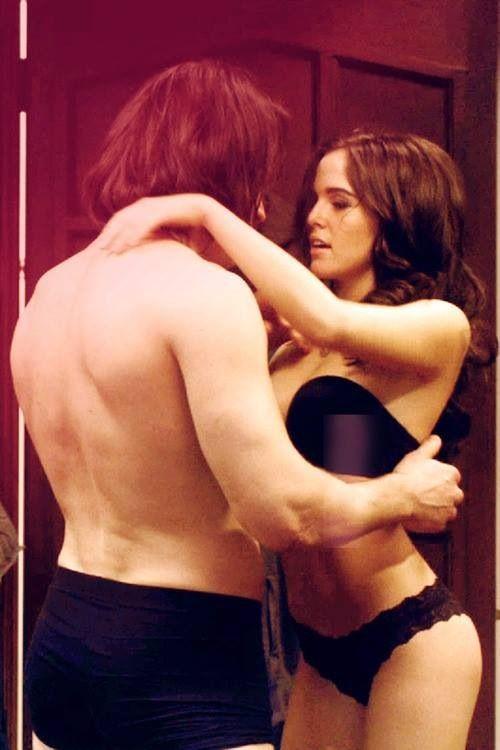 Dimitri and Rose (Danila Kozlovsky and Zoey Deutch)