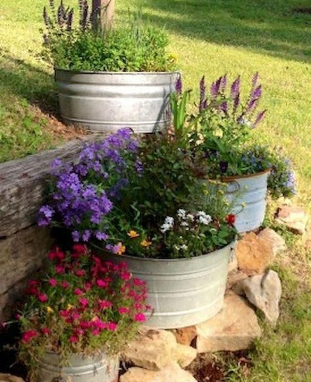 20+ #Flower #Beds #Ideas #To #Make #Your #Garden #Beautiful