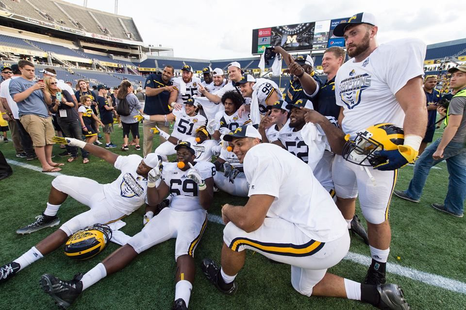 2015 Citrus Bowl Champs! Michigan football, Michigan