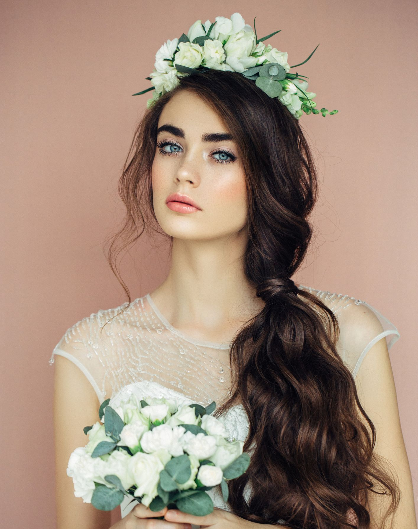 10 Perfect Hairstyles For Summer Weddings Classic Wedding Hair Wedding Hair Side Long Hair Styles