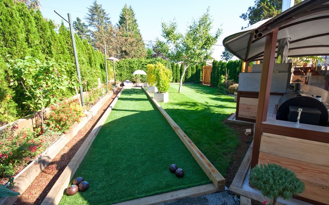 Outdoor Kitchens In Vancouver And Burnaby Glass Enclosed Hot Tubs