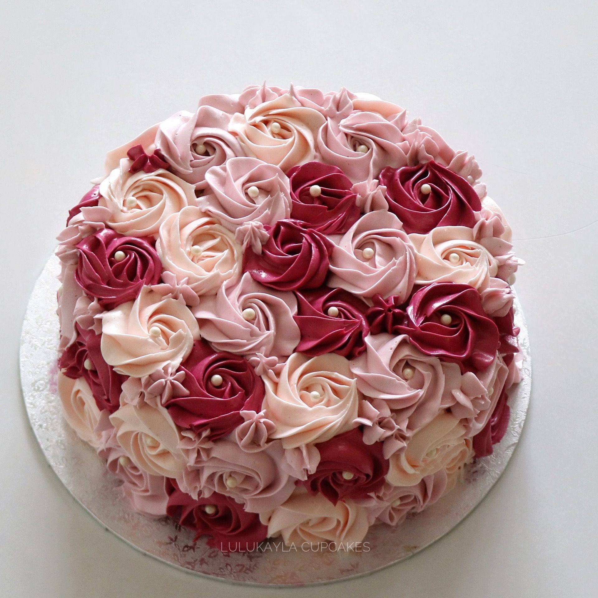 один торт с красными розами из крема фото истории медицины
