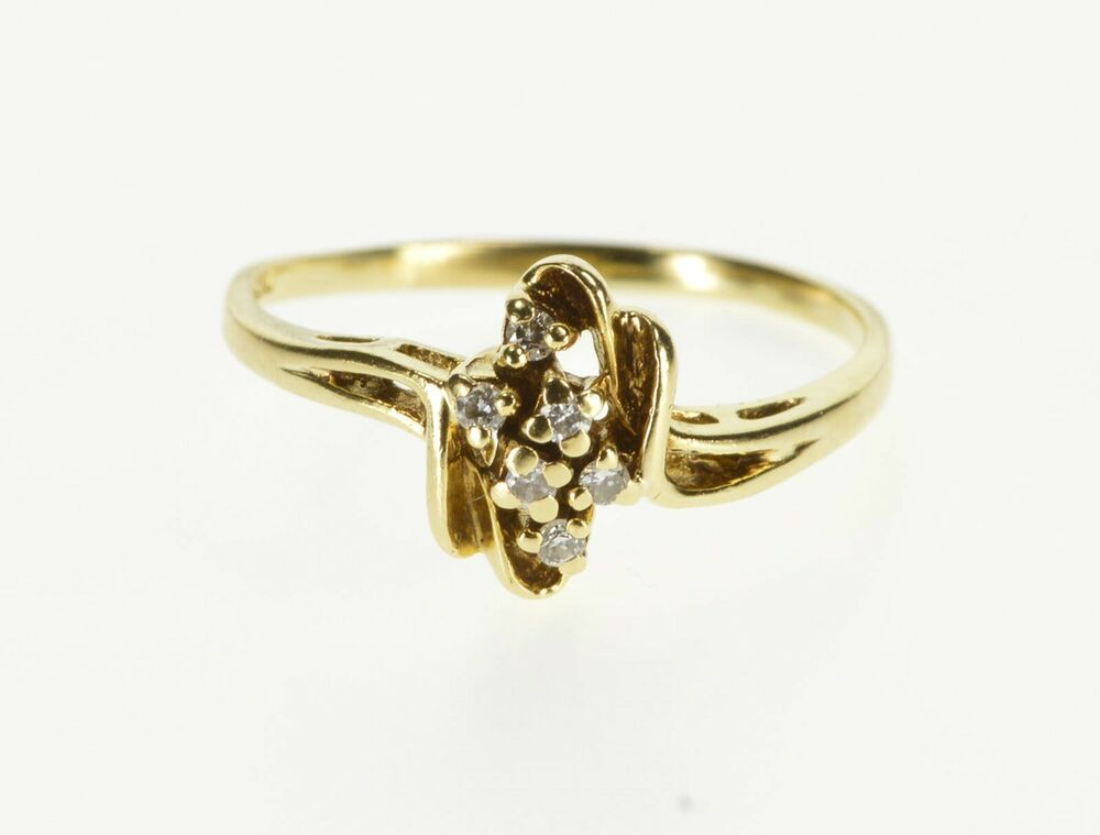 Composition: 14k Gold Marked  Gem Stone: 6x=Diamond  If you