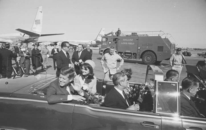 President Kennedy at love field | JFK-In-Limousine-At-Love-Field-11-22-63--002.png