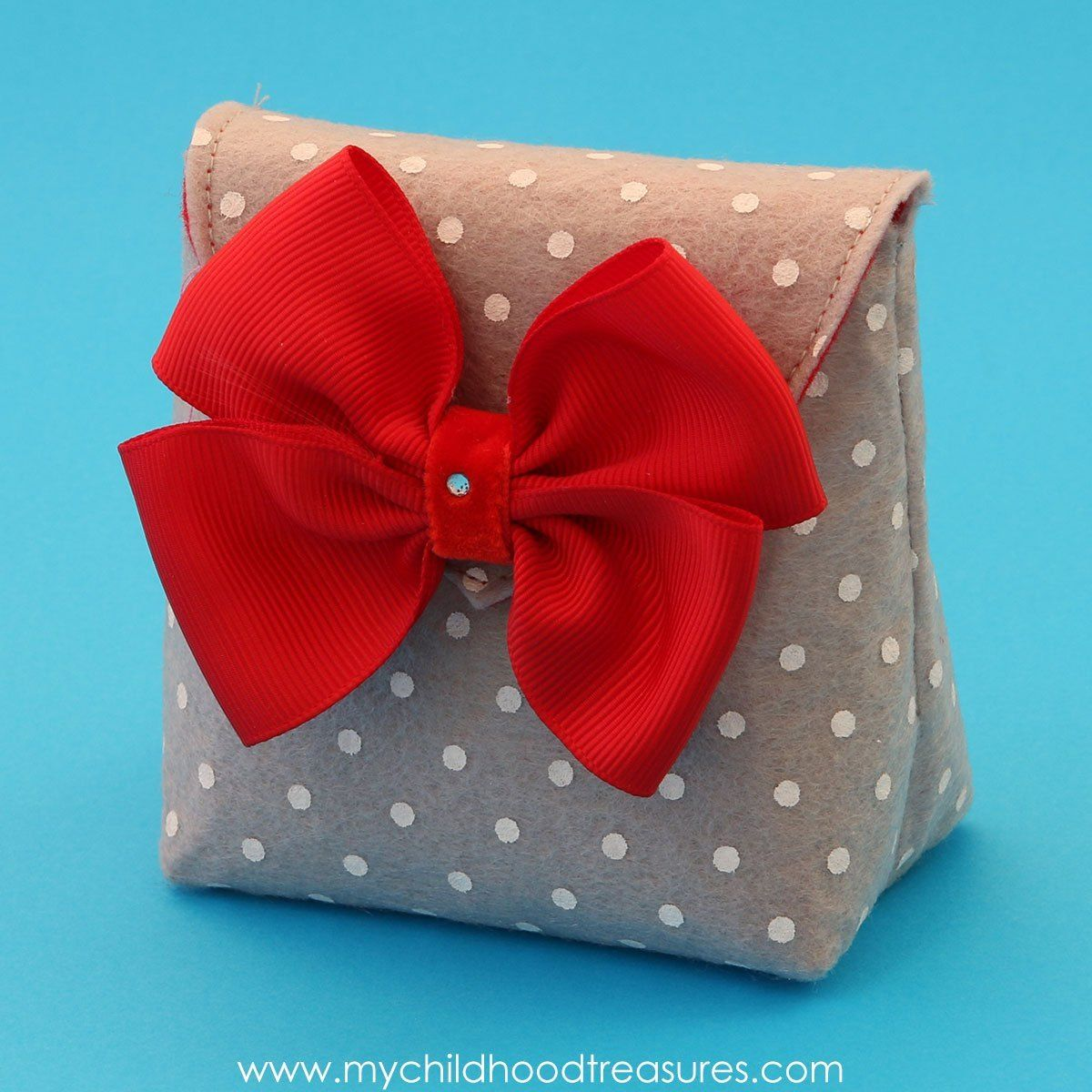 How to Make a Gift Bag - DIY Felt Gift Bag (With images ...