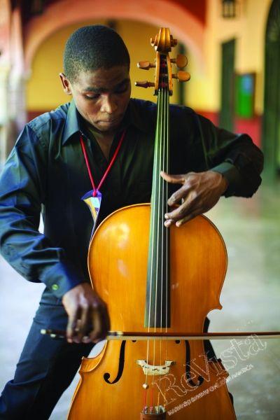 Cartagena Music Festival courtesy of Julia Salvi.