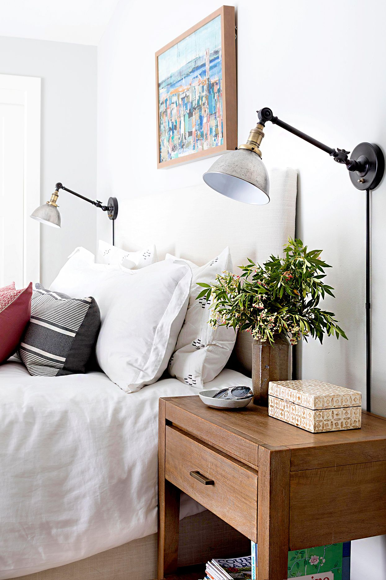16 clever organization ideas to quickly declutter your on innovative ideas for useful beds with storages how to declutter your bedroom id=42045