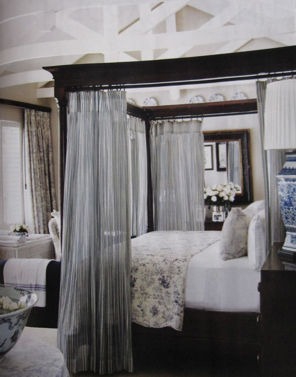 Hang Curtains In A Canopy Bed | Canopy bedroom sets, Canopy