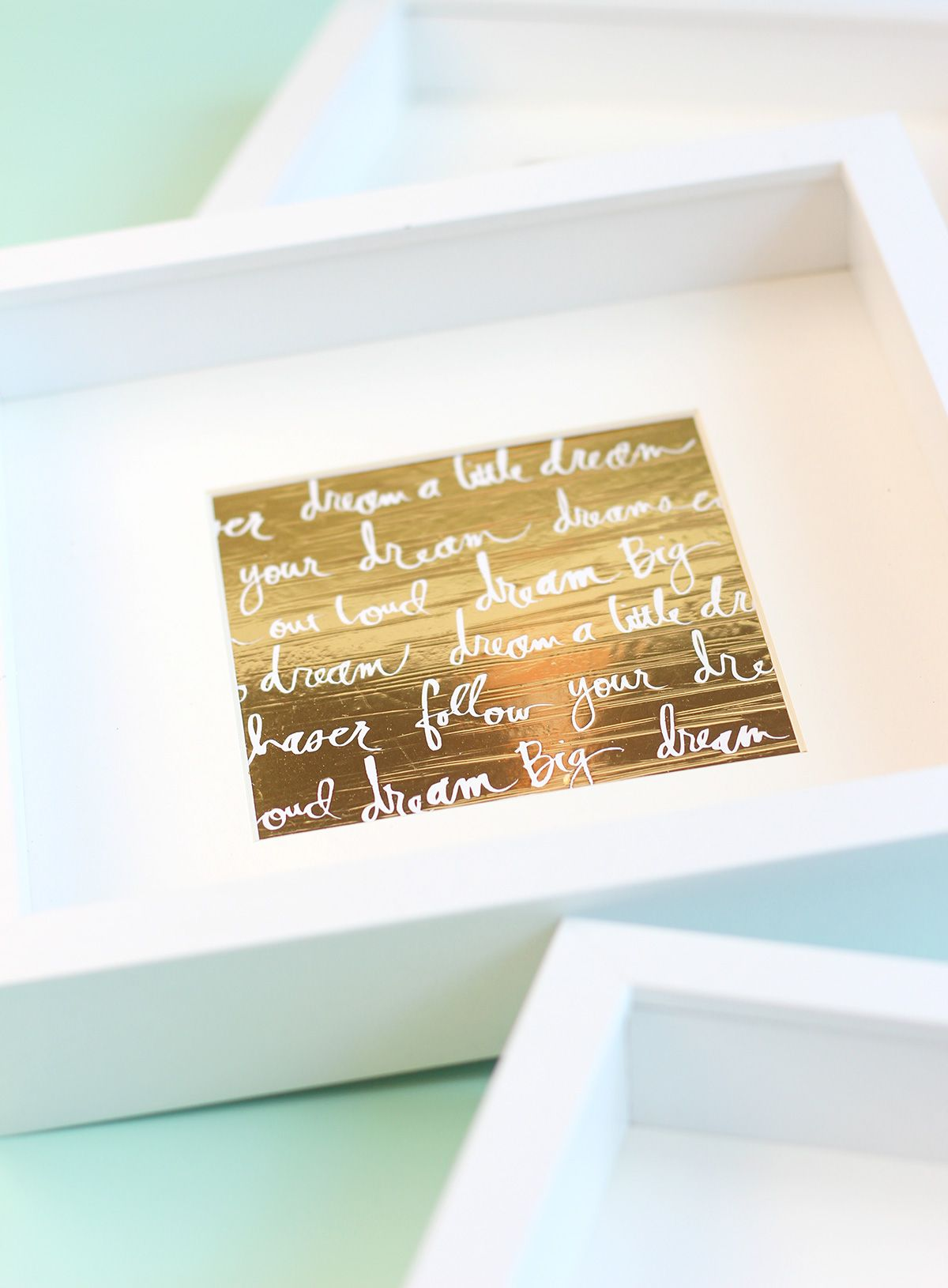 Easy Foiled Negative Wall Art with the Minc Foil Applicator | Damask ...