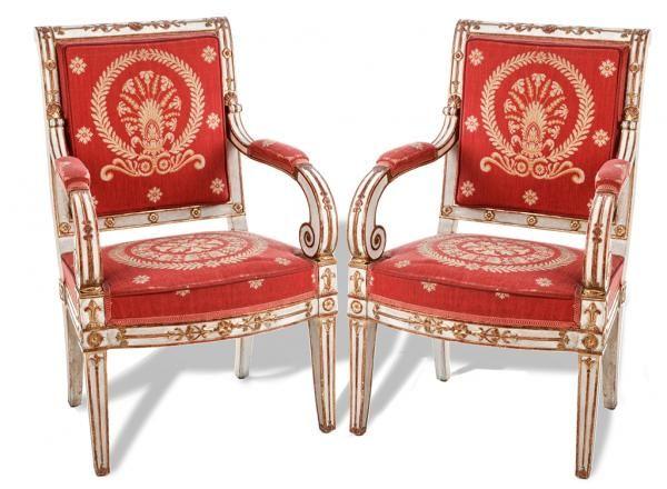 poque empire paire de fauteuils d apparat en h tre laqu blanc et tableaux modernes. Black Bedroom Furniture Sets. Home Design Ideas