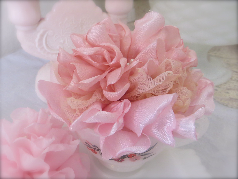 kvety jednoducho z organzy a stužky