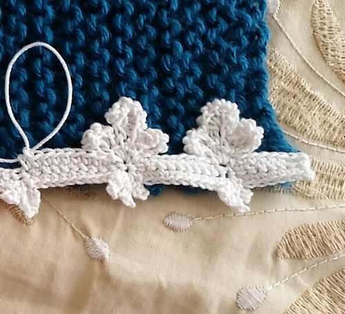 Fleur De Lis Trim Pattern By Mcatherine Design Free Crochet Pattern