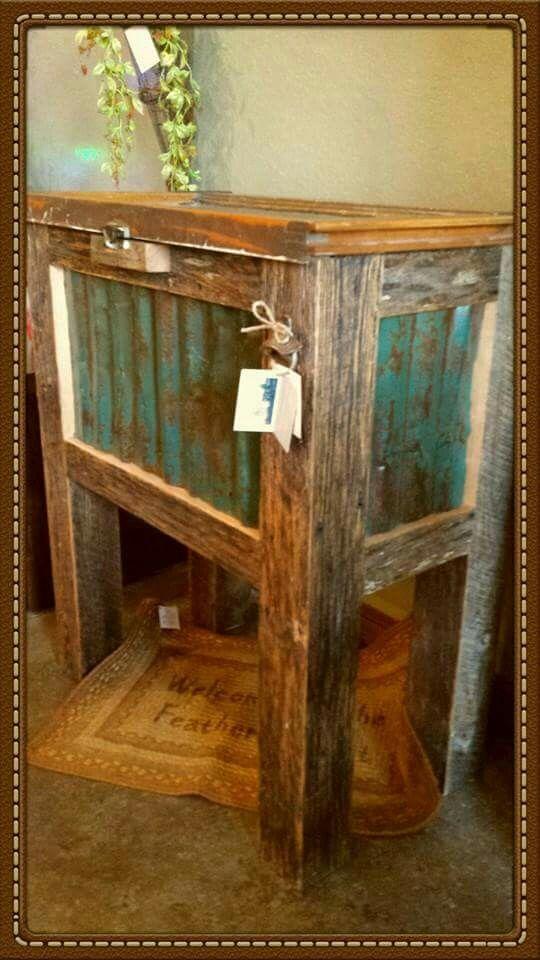 Reclaimed Barnwood Tin Cooler Barn, Barn Wood Furniture Ideas