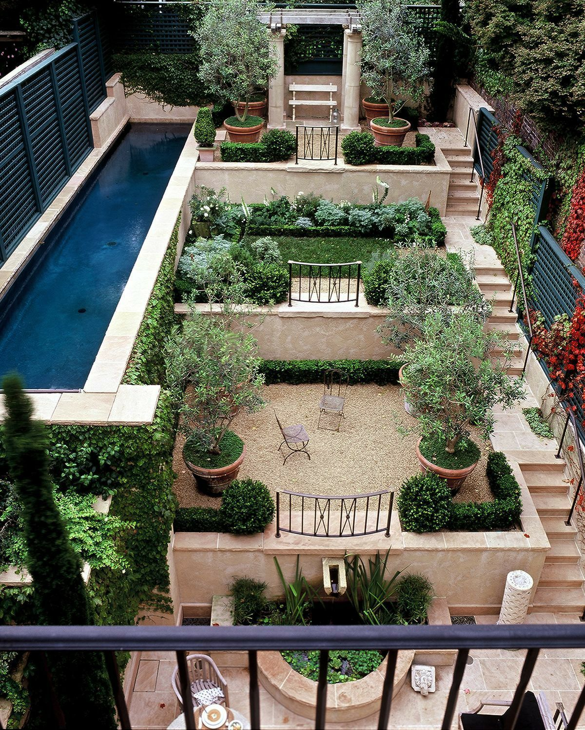 Terrace garden #terracegardendesign Terrace garden with pool #Terracegarden #pool #terracepool #terracegardendesign