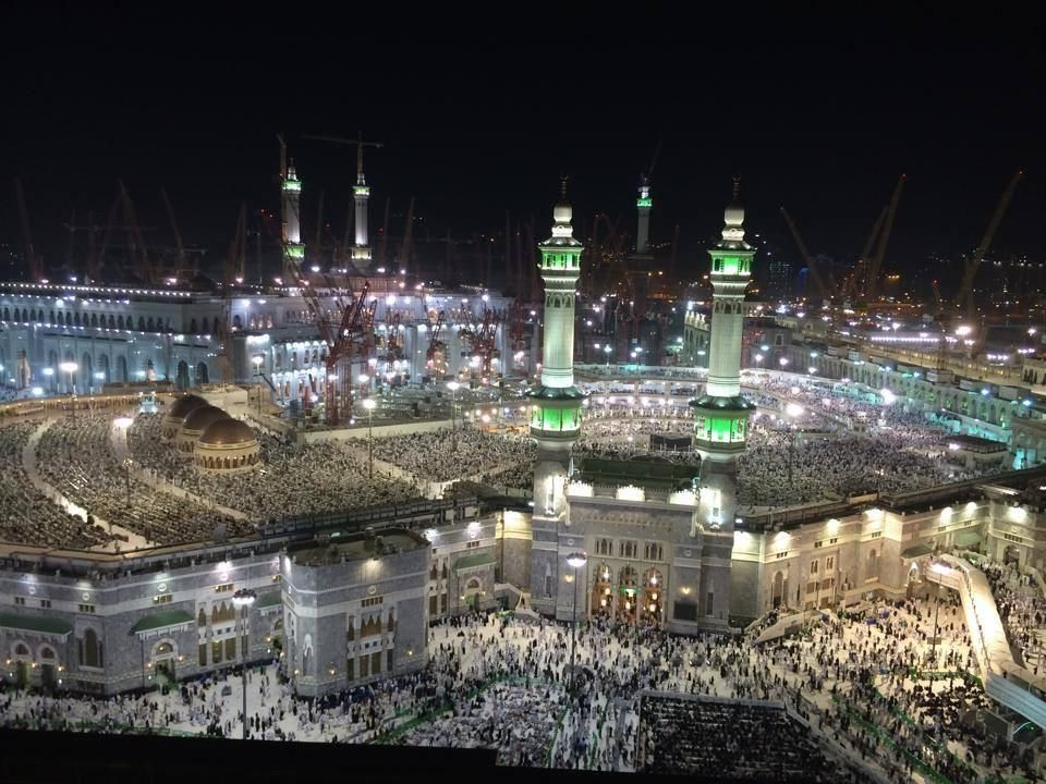 Masjid Nabawi Madinah Malam Hari Kairo Pemandangan Gambar Bergerak