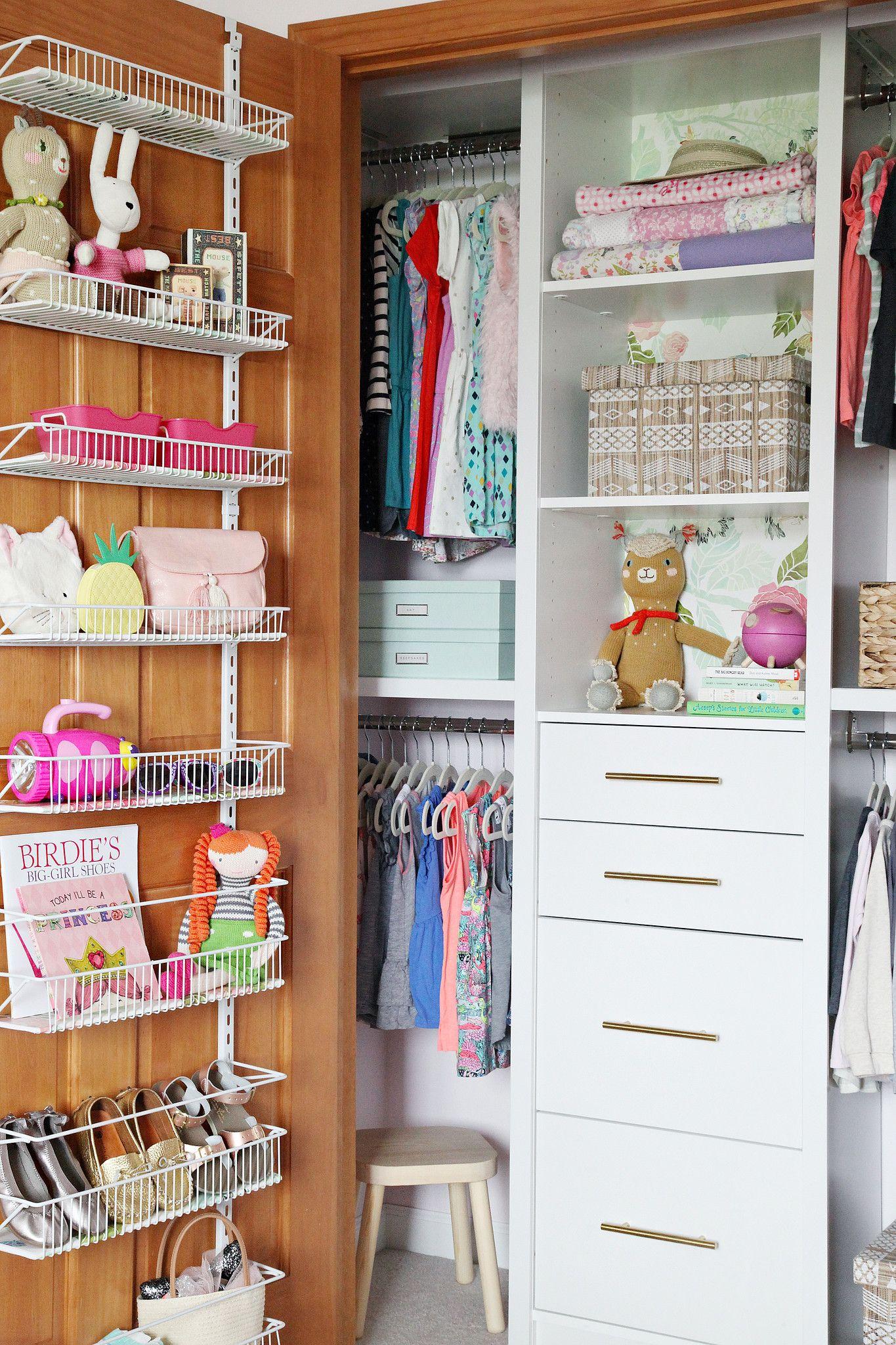 Organized Girl S Bedroom Closet Rangement Deco Et Chambre