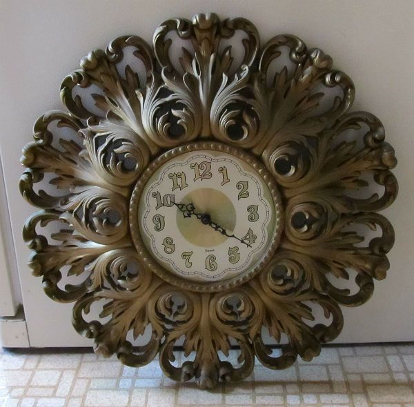 Vintage Homco Home Interiors BURWOOD Gold Wall CLOCK Ornate SCROLLY
