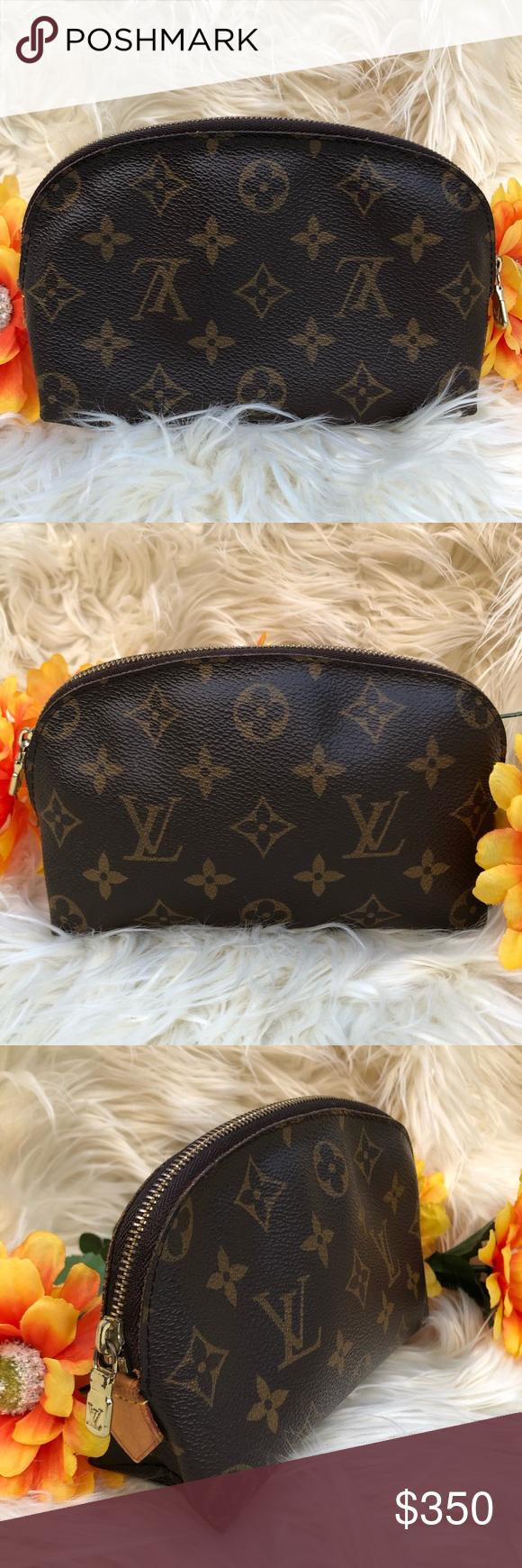 💜 Louis Vuitton Monogram Cosmetic Pouch ECU Adorable LV cosmetic pouch in excellent condition   Mono...
