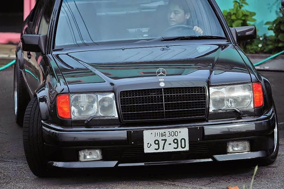 Mercedes Benz W124 300e Amg Hammer 6 0 With Images Mercedes