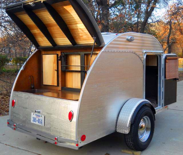teardrop trailer great for light traveling simpleliving vehicles transport pinterest. Black Bedroom Furniture Sets. Home Design Ideas