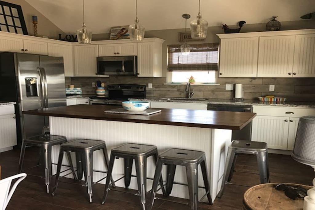 45+ Best Granite Kitchen Island With Seating   Granite ...