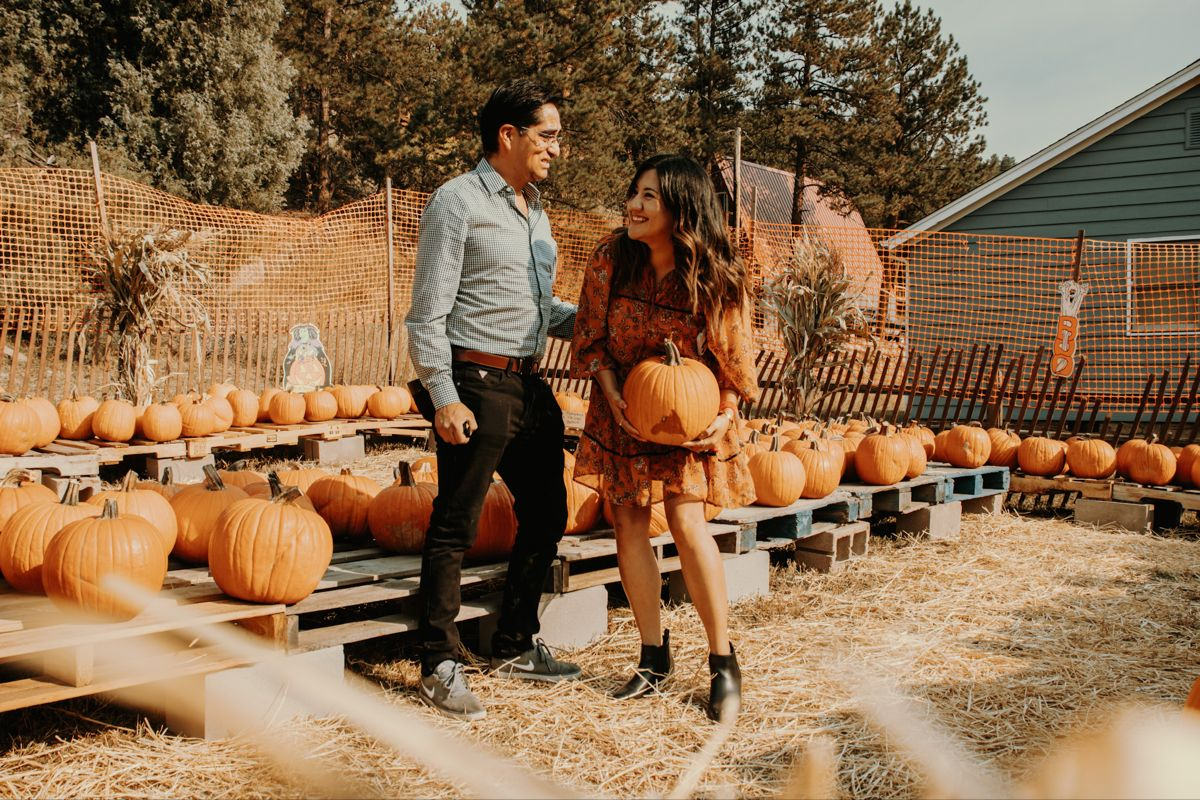 #engagement#elopement#couple#couplevibes#savedate#fall#lovecouple