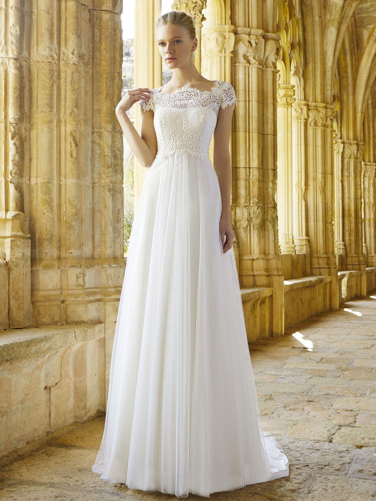Mimi from Raimon Bundo | Wedding Dress Ideas | Pinterest | Wedding ...