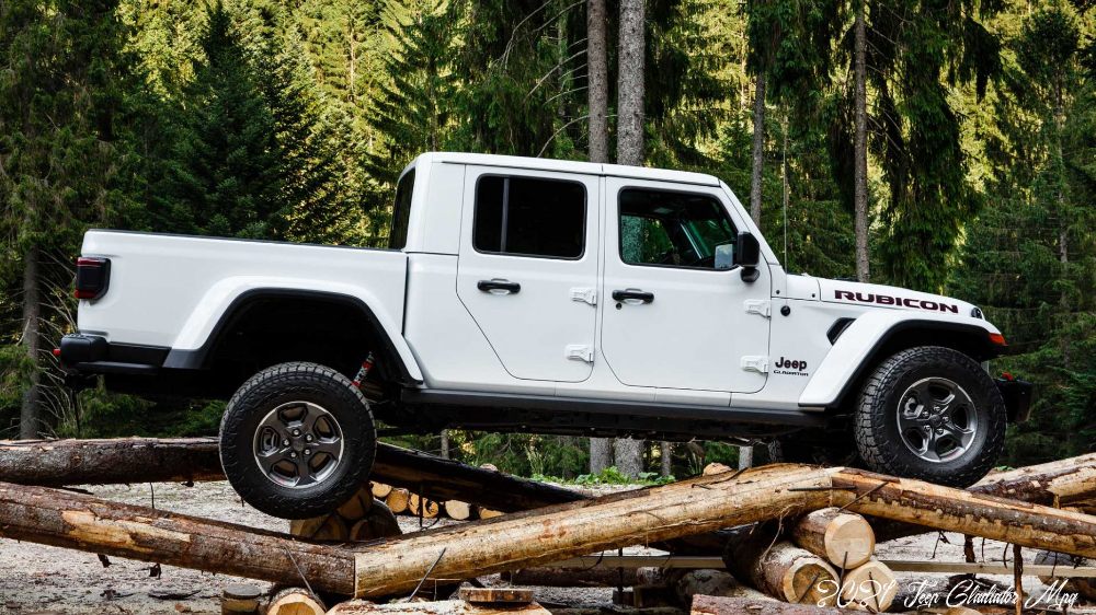 Jeep Gladiator Arrives In Europe With 6 Hp V6 Diesel Engine