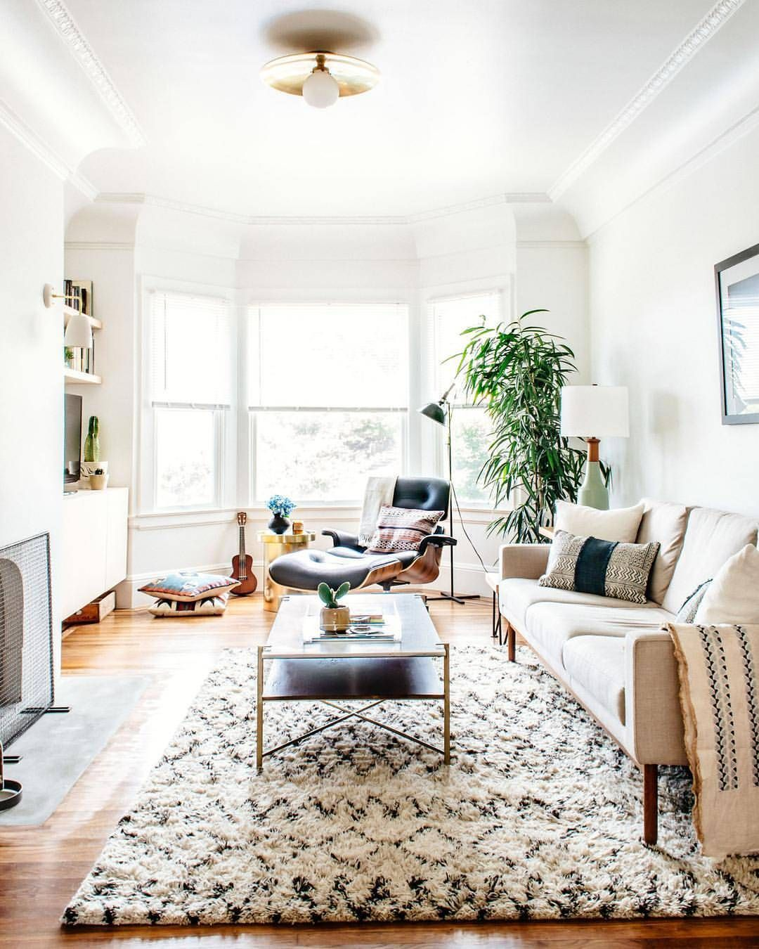 The light soft colors bring brightness to the room | Light ...