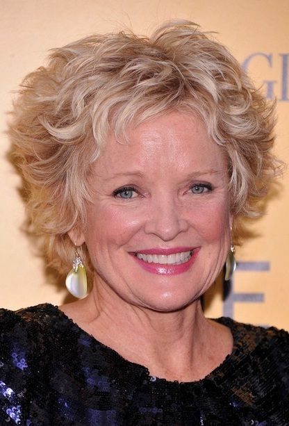 Best Short Curly Hairstyles For Round Faces Over Fashion - Curly short hair style for round face