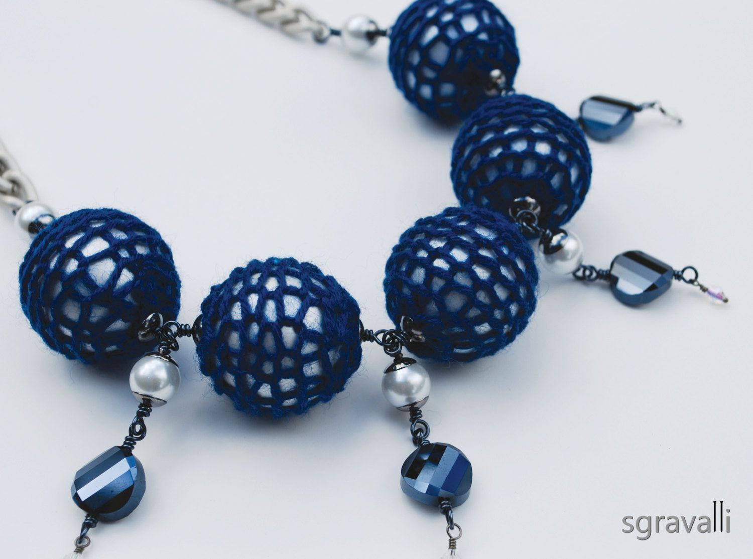 Navy Blue White Necklace. Ivory Color Chunky Chain by sgravalli, $65.00