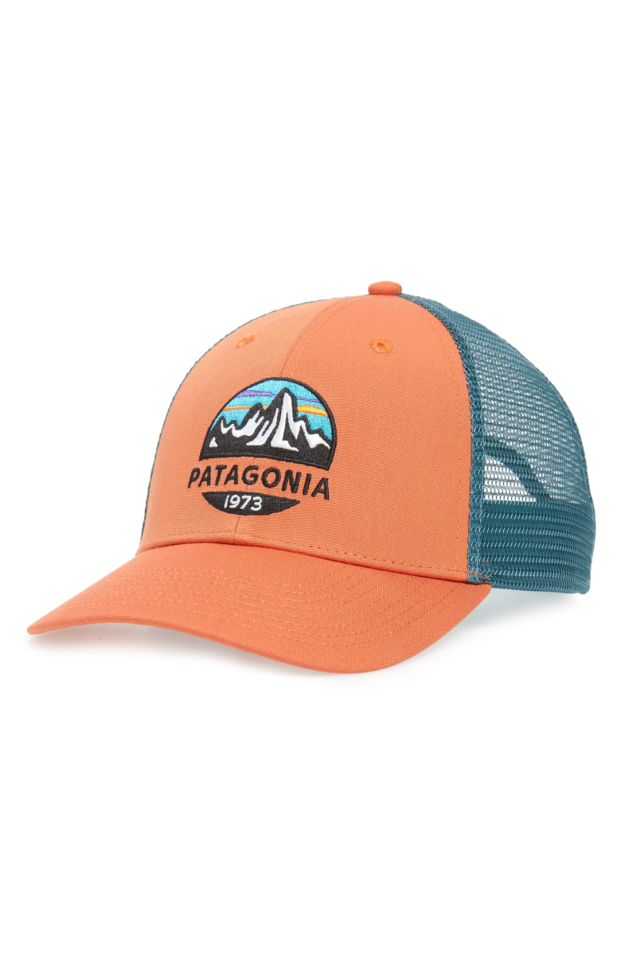 688a18891 Men's Patagonia Fitz Roy Scope Lopro Trucker Cap - Orange in 2019 ...