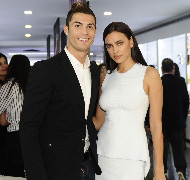 Irina Shayk tattooed in honor of Cristiano Ronaldo September 15, 2014 92