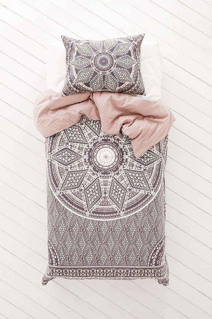 Magical Thinking Petra Geo Medallion Duvet Cover Urban Outfitters Tasarim Dekorasyon Daire Tasarimi
