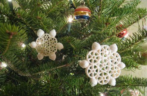 Decorazioni natalizie fai da te palline di pasta for Ornamenti casa