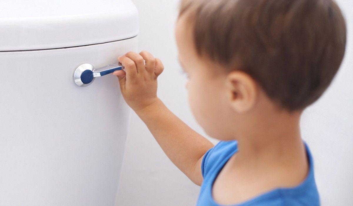 طريقة تعليم الطفل استعمال الحمام Earbuds Electronic Products Electronics
